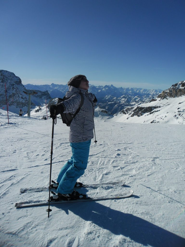 girl skiing in zermatt